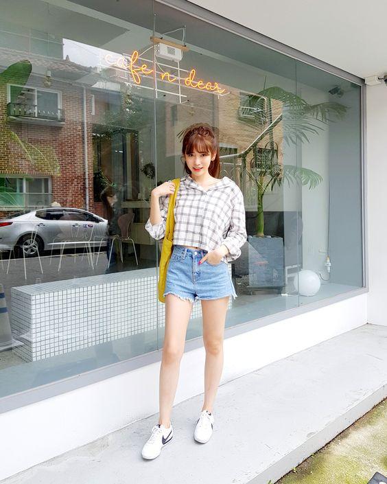 #Dahong(MT) style2017 #lookbook #Soyeon