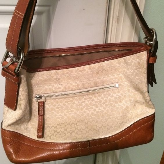 Coach handbag authentic For a young girl...'Tweens and teens Coach Bags