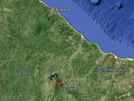 Os cinco tremores ocorreram na cordilheira meso-oceânica