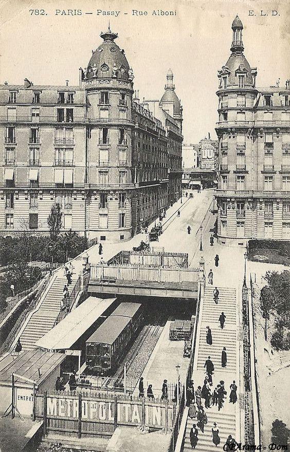 Métropolitain - Métro Paris - Ligne 6 - Ligne 2 Sud - Station Passy (1903) Rue Alboni.