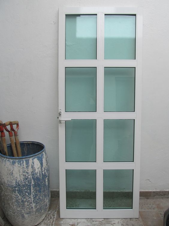 Puerta de aluminio recamara pinterest for Puertas para patios modelos