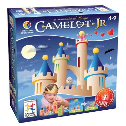 Camelot Jr est un jeu de réflexion et de logique. Le prince et la princesse du château voudraient être réunis. Pour cela, l'enfant doit leur construire un chemin stable avec les pièces indiquées dans le défi. En manipulant les pièces de bois, l'enfant développe sa dextérité. Le carnet de Camelot Jr propose 48 défis répartis en 4 niveaux de difficulté. L'enfant avance à son rythme.