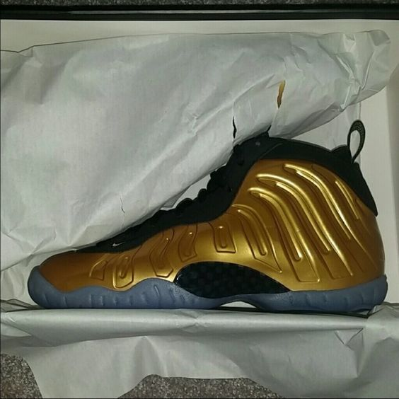 yeezy foams for sale nike pacquiao