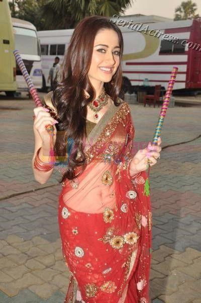 Tv serials actress hot in saree
