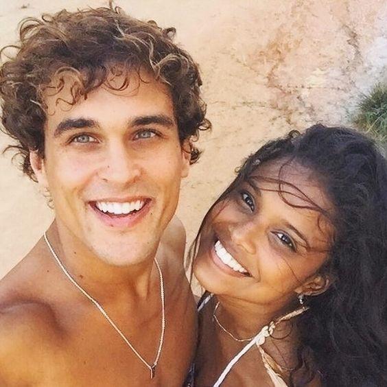 regram @_fc.malhacao_ Vem aí : Primeiro Beijo JoBiel  Após romper com Barbara  Gabriel não perde tempo e beija Joana ( @_linedias @feliperoque) #MalhacaoProDiaNascerFeliz #Novelas #RedeGlobo #Malhação #Seriado #SegASex #Dramartugia #JoBiel #Barbiel #Joana #Gabriel #Barbara #Globo #Noticias #Teen