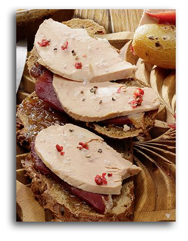 Les tartines de Foie Gras et Magret au confit d'oignon #recette #foiegras #magret