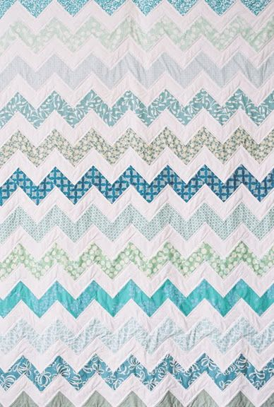 love the colors in this quilt