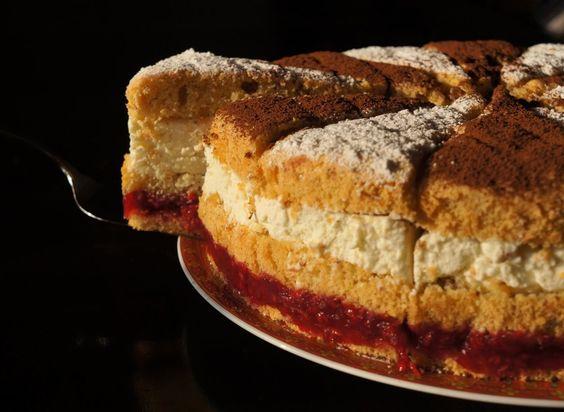 Himbeer-Mandel-Käse-Sahne-Torte