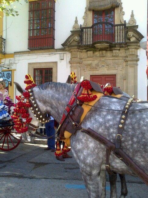 En Sevilla, comienza la Feria de abril.