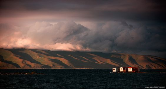 Sevan lake, Armenia, 2011 | 1/400 sec, f/3.5, ISO 200, FL 135 mm