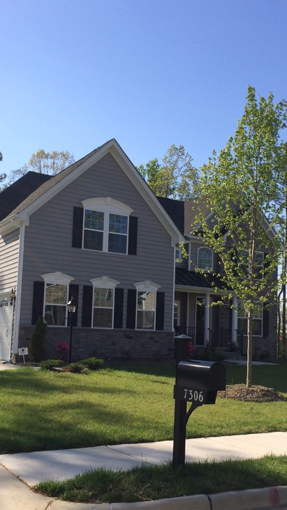Ryan homes exterior scheme color uad siding color graphite grey shutters front door color for Accent colors for gray exterior