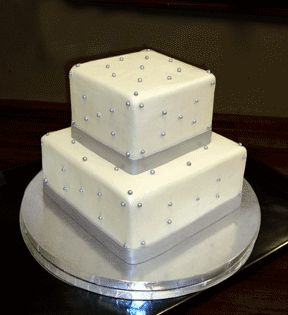 square 2 tier wedding cakes wedding and cakes on 20340