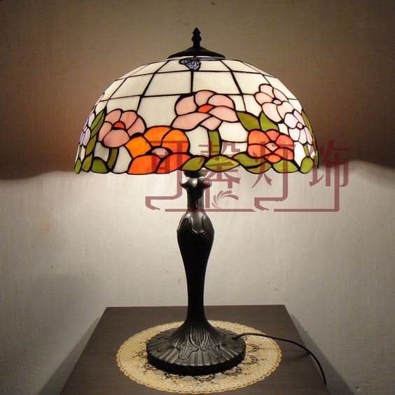 Rustic Lamps Fashion Tiffany Table Lamp Living Room Lights Bedroom Lamp Bed  Lighting Study Light 16 Butterflies $182.08