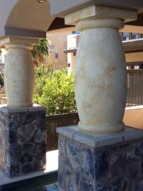 Painted Stone Pillars : Faux painted columns to look like travertine fun diy