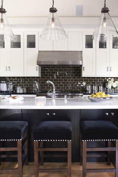 love this kitchen design