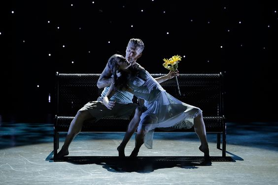 Kathryn McCormick and Travis Wall perform a Contemporary routine choreographed by Mia Michaels.
