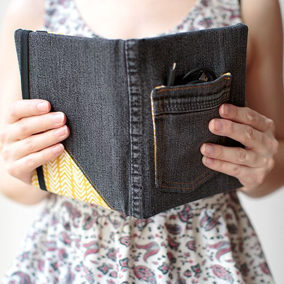 Recycled Jean DIY E-Reader Cover | http://hellonatural.co/recycled-jean-diy-e-reader-cover/: