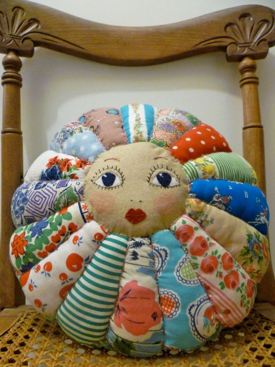 Summer Flower Doll Face - Vintage Cottons Patchwork Cushion Pillow.: