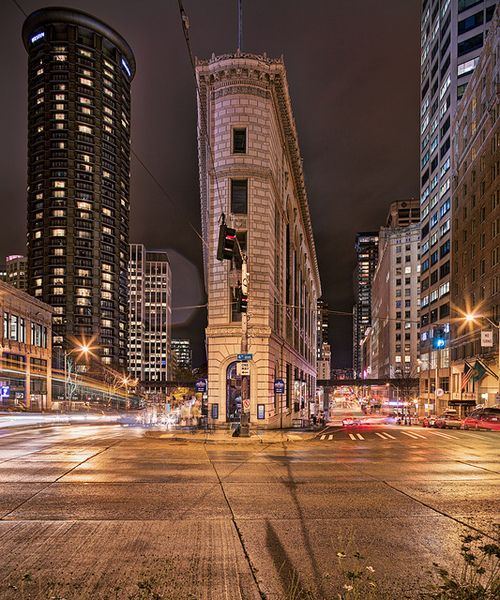 A flatiron building called the times square building in Built in seattle