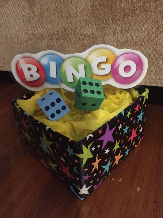 Bingo table decor
