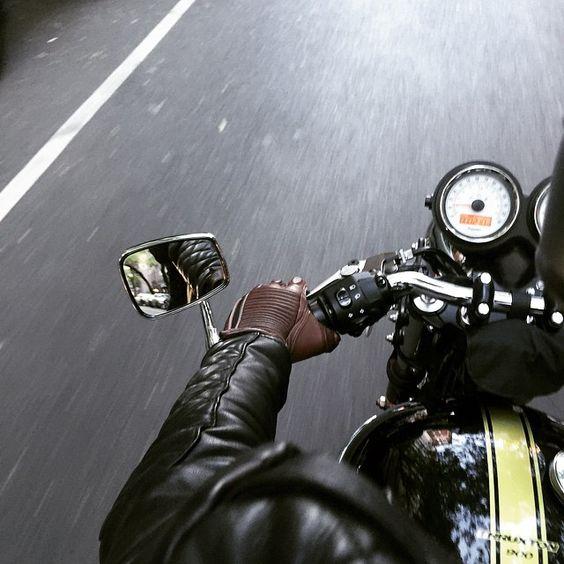 Triumph thruxton, the kooples leather. #triumph #thruxton #motorcycle #thekooples #kooples #leather #fashion