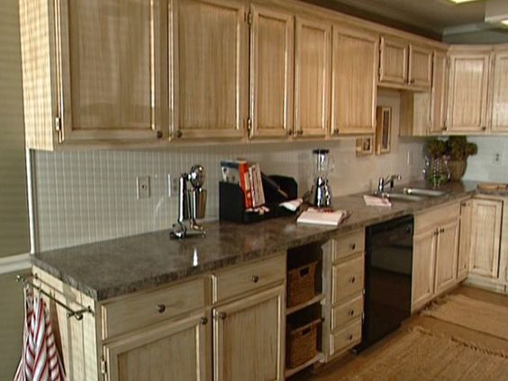 How-to video- how to glaze kitchen cabinets. I wouldn't start out ...