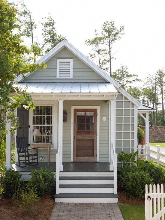 16 Inspiring Coastal Cottage Exterior Design Ideas Coastalbedrooms With Images Small House Living Small Cottages Small House