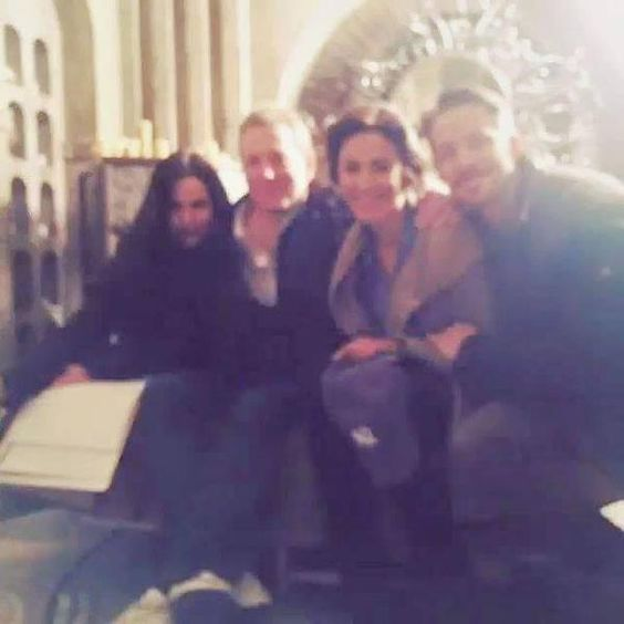 On set !! Lana, Christie and Sean