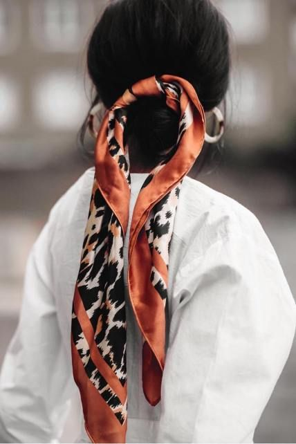 4 Chic Ways To Wear A Hair Scarf This Summer – M