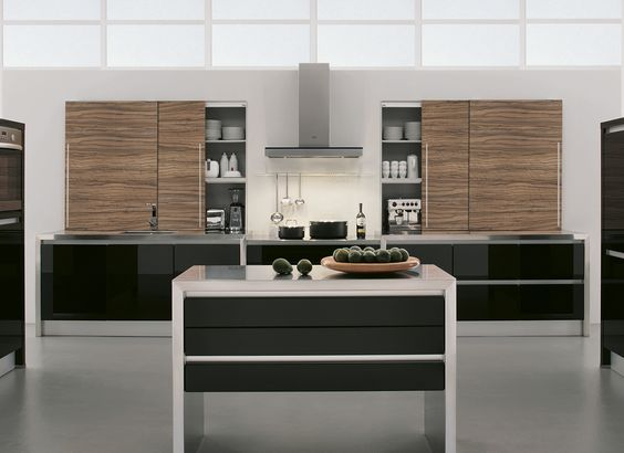 Hehku Linea Orizzontale Calais GL and Madrid #hehkucucina #hehkukitchen #germanickitchen #germanic #germanickitchendesign #kitchenideas #kitchendesignideas