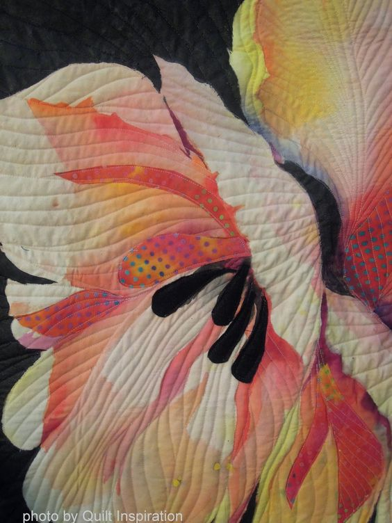Close up, Two Tulips by Luella Morgenthaler. Photo by Quilt Inspiration: Blooming Beauties: Artistic flower quilts: