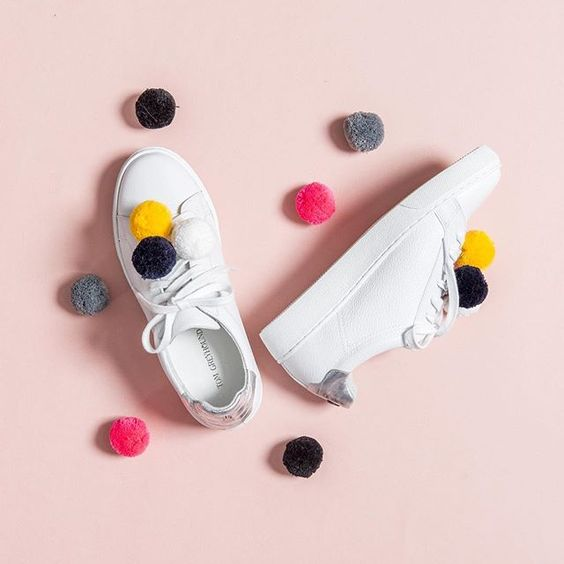 TOM GREYHOUND X DÉCKE pom pom sneakers: