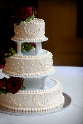wedding cake top tier tradition traditional wedding cake without tier separators wedding 26676