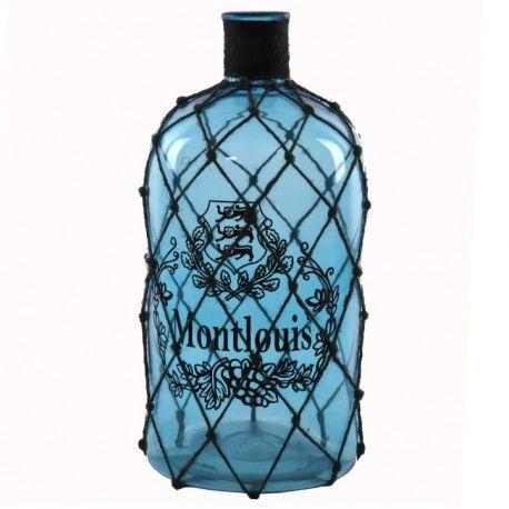 Botella decorativa modelo Montlouis con malla, elaborada en cristal color azul.      Ancho: 22 cm     Largo: 22 cm     Alto: 47 cm     Color: Azul