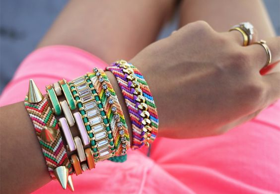 Lots of DIY friendship bracelets with rhinestones, spikes, and chains too!: Bracelet Tutorial, Arm Candy, Colorful Bracelets, Arm Party, Embellished Friendship, Diy Friendship, Diy Bracelet, Friendship Bracelets