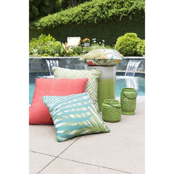 Decorative Admission 20-inch Emerald Throw Pillow