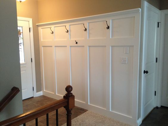 Foyer Diy Kit : Entryway wainscoting with hooks for coats and a shelf