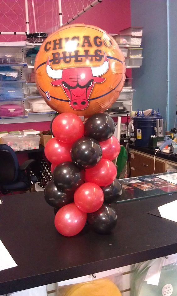 Chicago bulls mini tower cool balloon ideas pinterest for Balloon decoration chicago