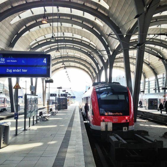 Kiel Hauptbahnhof in Kiel, Schleswig-Holstein
