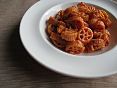 Healthy Tomato Cheese Pasta recipe great for toddlers