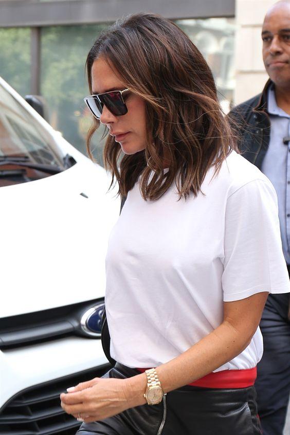 Collarbone cut, il taglio medio di capelli per l'autunno 2018 - Vogue.it  Victoria Beckham