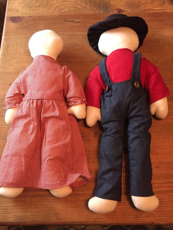Amish faceless dolls Missouri made man & wife traditional clothes machine sewn #HandmadeOOAK