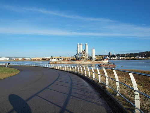 The Rochester riverside walk by the river medway [shared]