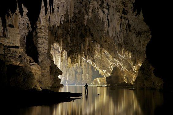 Lod Cave, Mae Hong Son Province, Thailand