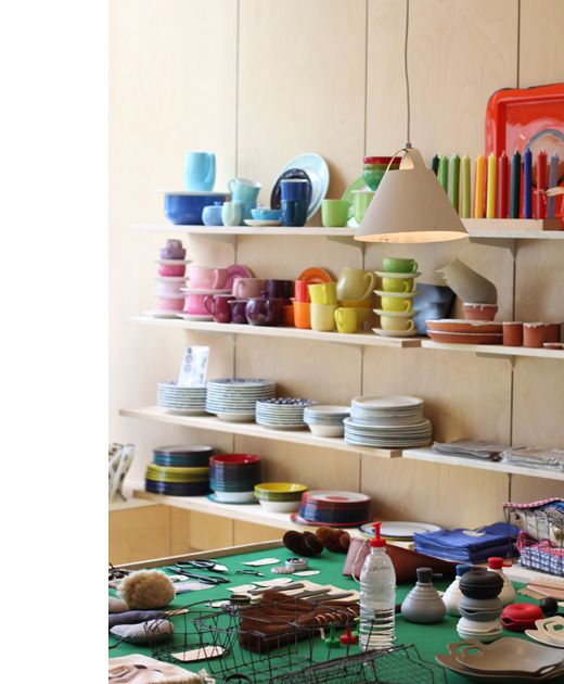 Ganmin's Sydney AU - What a great idea to even copy in a small apt kitchen.  #kitchen #shops #dishes #storage