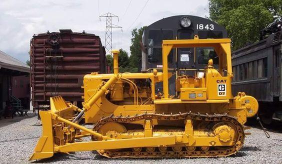CATERPILLAR  D7 E  | Heavy Equipment | Caterpillar equipment