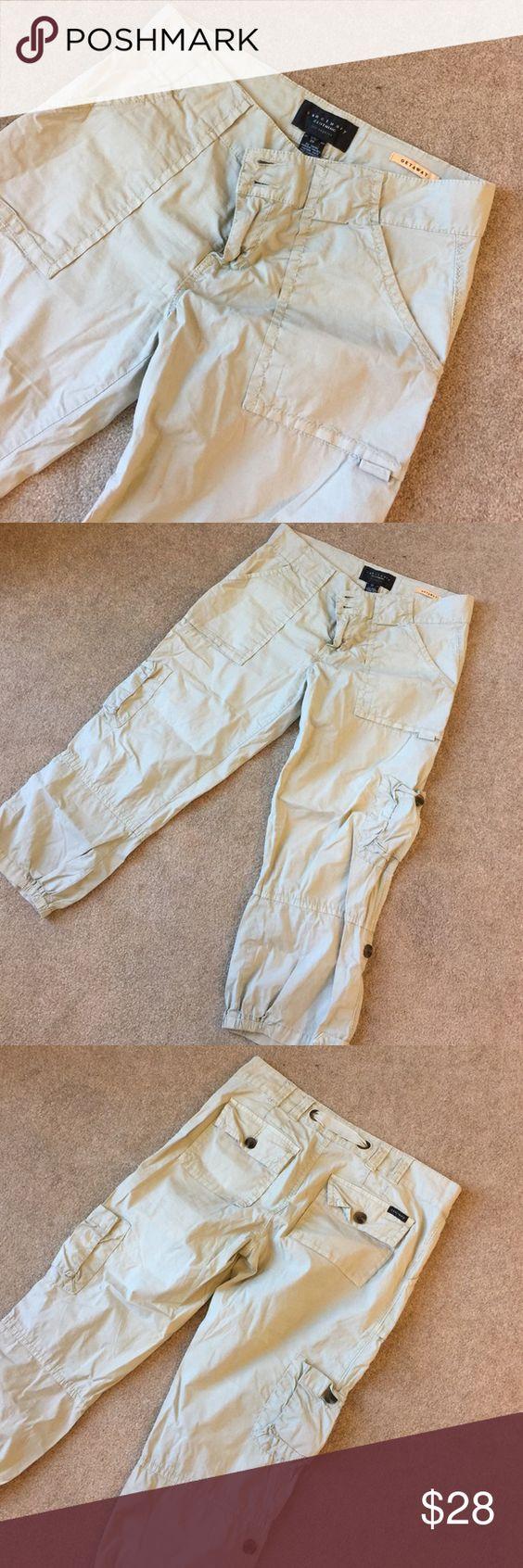 """Sanctuary """"Getaway"""" cargo capris 22"""" inseam. 98% cotton 2% spandex Sanctuary Pants Ankle & Cropped"""