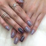 @_natysimoes  #filhaunica #lucinhabarteli #supervaidosa #unhas #nailart #nailsdone #nailsoftheweek #opi #manicure  #inlove