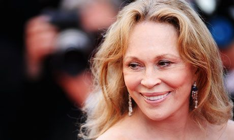 Faye Dunaway-been told I look like a young version of her :)