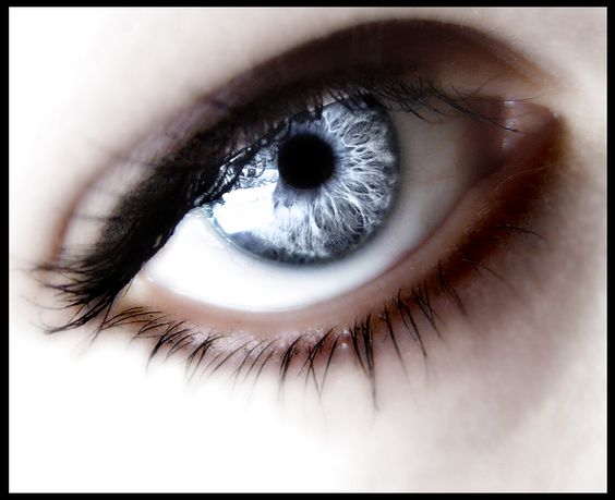 Silver Cat Eye Contacts